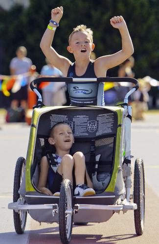 Long brothers disability triathlon