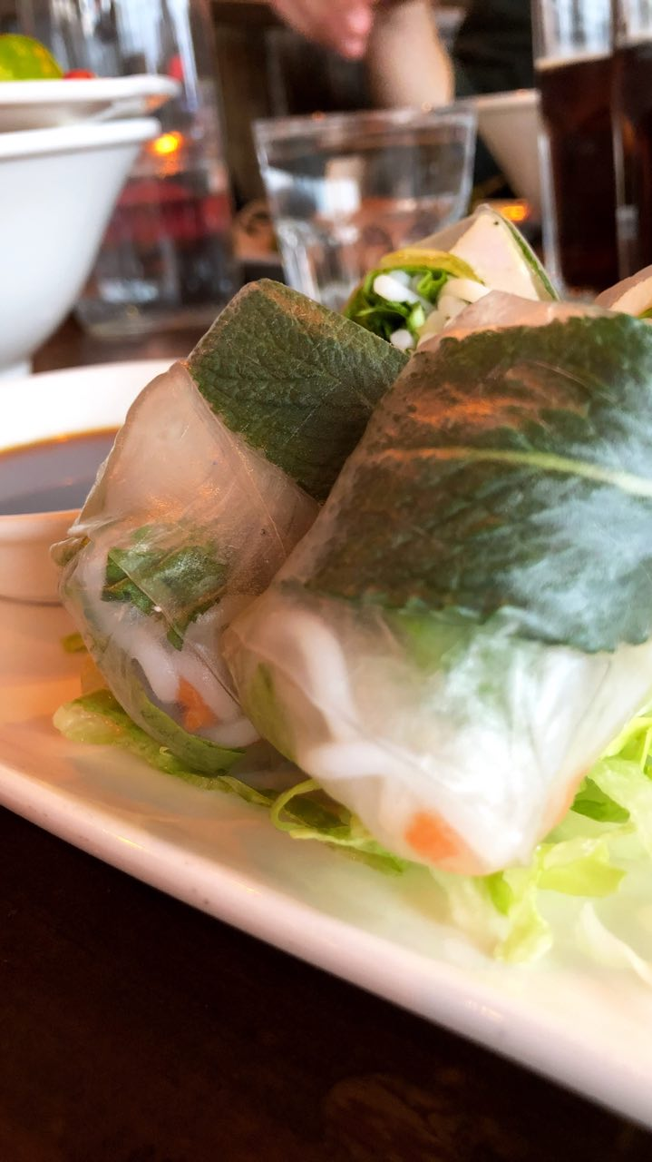 Gỏi cuốn, rice paper rolls with chicken, served with a ginger sauce